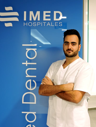 Dentista Carlos Aguilar