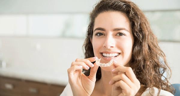 Brackets dentales en Alicante y Valencia
