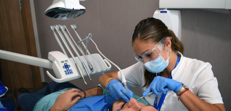 dentistas en Alicante y Valencia