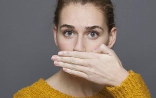 Mal olor de boca · Prueba estos remedios caseros